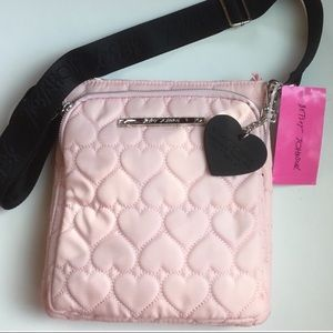 NEW 💖Betsey Johnson Quilted Heart Crossbody Bag